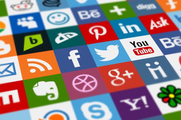 caratteristiche dei social